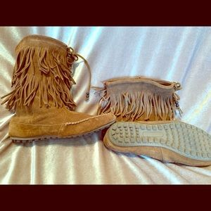 Minnetonka Leather Fringe Booties